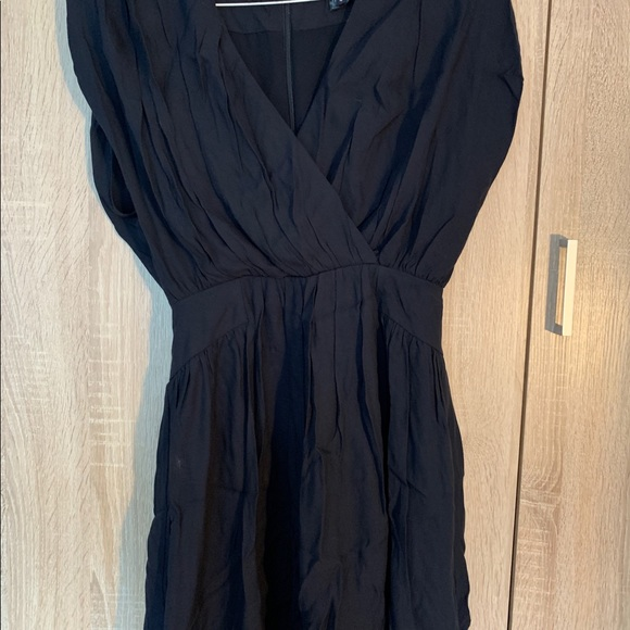 French Connection Dresses & Skirts - Navy dress